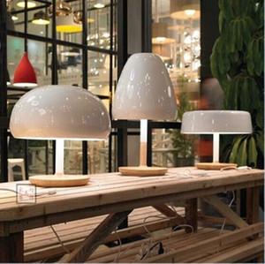 LED Nordic designer lampada da comodino camera da letto in legno creativa della moda moderna e minimalista bella testa di fungo Lampade da tavolo
