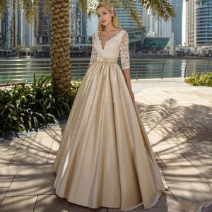 2020 Beach Wedding Dresses A Line V Neck Half Sleeve Sweep Train Bridal Gowns With Lace Satin Button Back Wedding Gowns