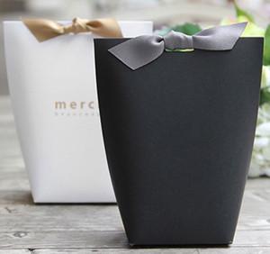"""고급 블랙 화이트 브론 징 """"Merci""""캔디 가방 프랑스어 감사합니다 결혼식 호의 선물 상자 패키지 생일 파티 호의 가방"""