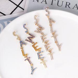 FASHIONSNOOPS New colorida simples Pedrinhas Carta Longo Brinco liga Gota Dangle Earring para as Mulheres da orelha de jóias