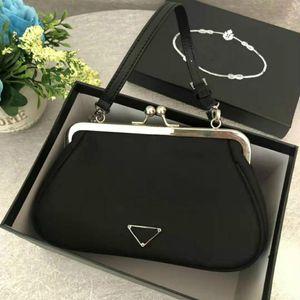 Diseñador bolsos monederos de señora Designer vaca forman el bolso de las mujeres mini bolso pequeño de conveniencia axilar paquete Mini Bolsa de Nueva Moda