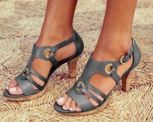 Женщины Сандалии Урожай Плюс Размер Высокие каблуки Летняя обувь Дизайнерские клинья обувь флип-флоп Chaussures Femme платформы сандалии с металлическими кнопками