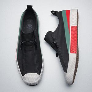 Zapatos de lona vulcanizada británico de los hombres de 2020 resorte de las nuevas Casual zapatos perezosos de los hombres del holgazán de Trend Dos Zip zapatilla T200413