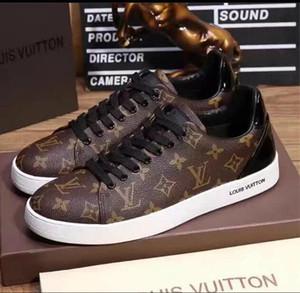 2020 Moda Uomo scarpe da tennis casuali scarpe di cuoio balck uomini puri delle donne scarpe basse senza formato della scatola 39-46