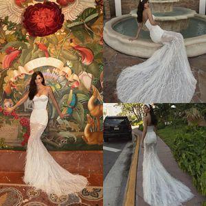 Sweetheart Beach Wedding Dresses 2020 Lace Feather Sweep Train Satin Mermaid Wedding Dress Custom Made Sequins Luxury Robes De Mariée 4574