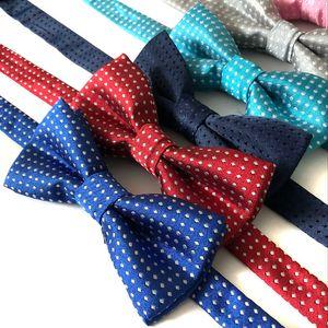 Çok Renkler Çocuk Kravatlar Pet Köpek Aksesuarları Ilmek Kravat Nokta Desen Kediler Köpekler Bow Kravatlar Sıcak Satış 2 5py L1