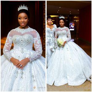 Incredibile 2020 arabo Aso Ebi Plus Size lusso cristalli bordato i vestiti da sposa sexy pizzo maniche lunghe abiti da sposa pura Neck Wedding Gow