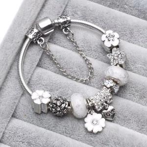 Beyaz Pembe Mavi ColorCharm Boncuk Fit Takı 925 Gümüş Bilezikler Kar Tanesi Kolye Bileklik Charms DIY Jewelr