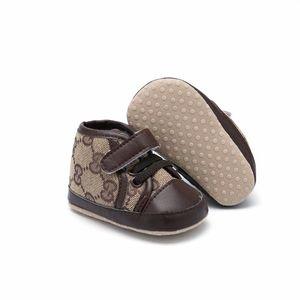 Детские Мягкого дна скольжению малышей обувь новорожденного девочек Для мальчиков мягкой подошвы обуви малышей Детской Prewalker новорожденной Повседневная обувь 0-18 Мос