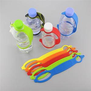 Bollitore silicone Hook bottiglia di acqua portatile del silicone Fibbia potabile Bottiglia Bottiglia maniglia Gripper campeggio esterno d'acqua Cintura maniglia