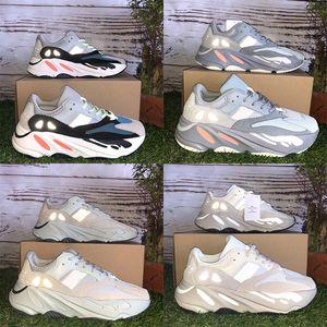 Com StockX Tag Vanta Utilidade Preta Inercial Tephra 700 OG Kanye West tênis de corrida dos homens das mulheres Analog Salt Malha homens tênis de grife