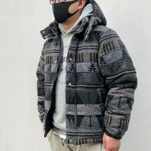 Mens del diseñador de las mujeres gruesas chaquetas de la vendimia Parka Abajo cubren lujo Hoode rompevientos calle camuflaje Mantener caliente Fosa de moda B103431L