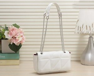 new fashion women's trend, leisure and versatile, personalized straddle chain, small square bag with soft surface, mobile phone bag