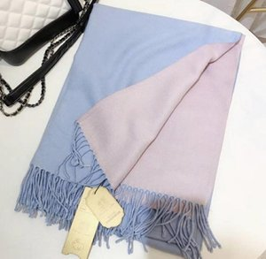 2020Classic female monogram printed scarf shawl various colors silver thread 140*140cm shawl four seasons comfortable wear can be wholesale