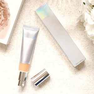 2019 New liberado marca de cosméticos de prata engarrafar sua pele melhor creme hidratante CC + soro luz \ meio DHL transporte livre