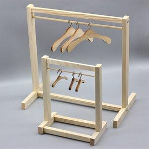 Los niños de muebles estante de madera y muñecas de la suspensión de ropa infantil muñeca muebles de madera estante y Accesorios Muñeca accesorios de las muñecas clo