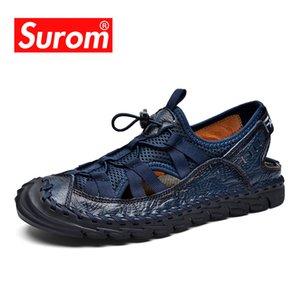 SUROM Yaz Yeni Moda Sandalet Erkekler Nefes Gerçek Deri rahat ayakkabı erkekler Sandalet Yumuşak Kauçuk Sole Beach Ayakkabı El yapımı