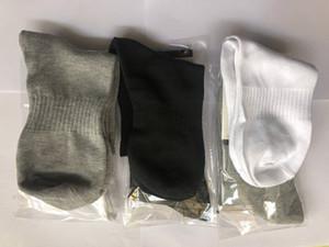 2019 nouveau HOT NOUVEAU hommes chaussure de chaussettes et les hommes coton accessories.2020 NOUVEAU Chemises SOCK, HOMMES FEMMES SOCKS SOCKS, NO BOX
