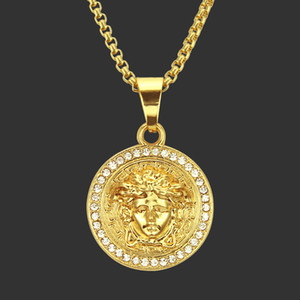 Rue Réelle Dazzling Tide Man Insert diamant Hiphop Pendentif Golden Beauty Head Portrait Pendeloque Cut Man Hiphop Collier cadeau