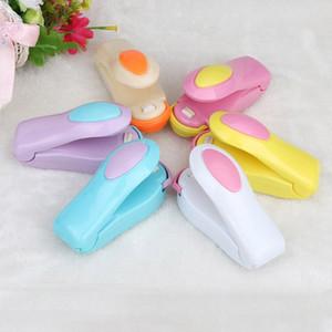 Tragbare Mini-Food-Dichtungs-Maschine Küche Snacks Plastiktaschen Heat Sealer Lebensmittel-Retter-Speicher-Maschine ohne Kleinpaket DHA107
