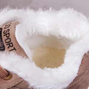 Chaussures hiver Femme Nouvelle femme Bottes hiver plus velours coton Chaussures à semelles épaisses chaud Bottes femmes Bottes Cotton Snow femmes