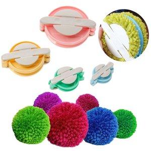4adet 4 Boyutları Pom Maker Seti DIY Plastik Fluff Topu Weaver İğne Örgü Craft Pompon Aracı Örme Aracı Dikiş