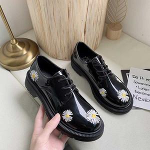 Printemps Automne Filles Chaussures en cuir verni femmes Chaussures Femme Plateforme Flats bout rond noir de dames Zapatos mujer U29-45
