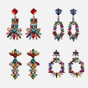 Dvacaman cristal coloré Boucles d'oreilles mariée bijoux en strass femmes Déclaration main Chic Dangle Boucles d'oreilles de mariage