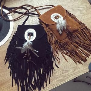 2017 Bolso pequeño de gamuza femenina Plumas con cuentas marrones Hippie Tribal indio americano Bohemio Boho Chic Bolso estilo ibicenco