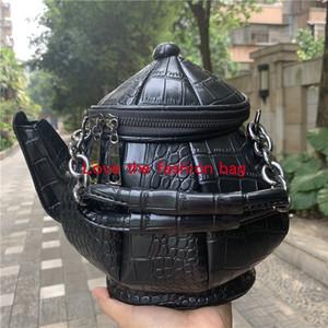 Kişiselleştirilmiş eğilim tasarım siyah su şişesi modelleme torbası Tek Omuz Çantası Çanta moda boş çanta cüzdan