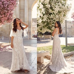 Sexy Mermaid Wedding Dresses With Detachable Sleeve Applique Lace Bridal Gown V-neck Backless Sweep Train Plus Size Beach Bridal Dress