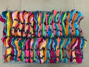 Flash offre Pink amour chaussettes mode femme sport Les chaussettes roses de chaussette de cheville bateau de sport courte 30 paires belle chaussette gratuit Envoi