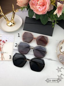 Designer Sunglass 30079 Sunglasses Lady Sunglasses Outdoor Vacation Large Frame 3 Color UV protection Size:62-18-1401