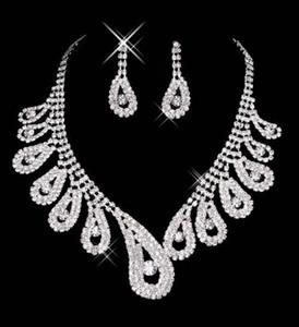 15042 pas cher Vente chaude femmes de mariée mariage Pageant strass Collier Boucles d'oreilles Parures pour Party bijoux de mariée