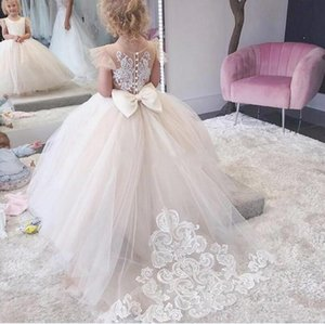 Jewel Cap Sleeves Ball Gown Flower Girl Dresses For Christmas Appliques Lace Girls Pageant Dresses Back Button Girls Tutu Skirt