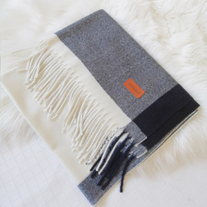 Wholesale-Couple scarf art small fresh lady cashmere scarf solid color thick autumn and winter student shawl christmas gift wholesale