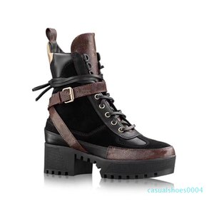 designer Women Martin boots Fashion flamingos Love arrow medal 100% real leather coarse Desert Boot Winter Leather luxury woman shoes c04