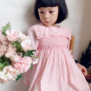 Royaume-Uni Espagne nouveau style de vêtements à manches longues filles fille robe rose dentelle blanche broderie robe fleur automne printemps Pet col claudine Vêtements Robe