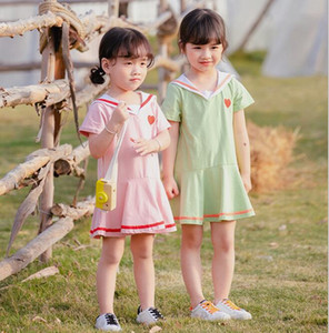 2020 Vêtements filles robe d'été à manches courtes école Robe plissée fille élégante robe Vêtements
