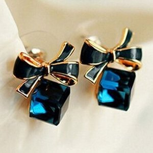 High Quality Fashion Chic Shimmer bow knot Cubic Green Blue Crystal Earrings Rhinestone Stud Earrings For Women pendientes