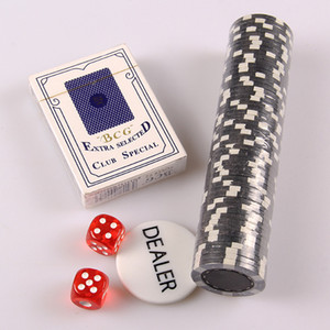 Alluminio Box Poker Chips Set 4 centimetri Coin Poker Chips Plastic Card Poker Chip Six Sided Dices Intrattenimento Giochi Forniture 100 200pcs DBC DH1305