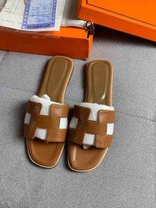 2021 горячий новый дизайнер роскошный дизайнер женская мода жемчужные сандалии Женские тапочки летние повседневные тапочки шлепанцы плоские песчаные туфли t16