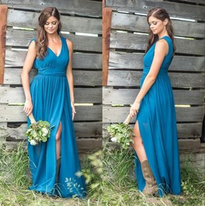 2020 Country Cowgirls Abiti da damigella d'onore Deep V Collo a V Una linea Chiffon Beach da sposa Guest Party Gowns Laterale Split Maid of Honor Dress At5005