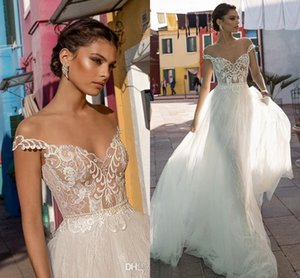 Sexy Off Shoulder Lace Appliqued A-line Wedding Dress New Luxury Tulle Sweep Train Beach Bohemian Boho Plus Size Bridal Gown Custom Made