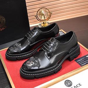 2019 yeni yüksek kalite erkek patent deri elbise düğün ayakkabı erkek moda ofis iş Oxford ayakkabı mens casual gece kulübü parti drivi qe