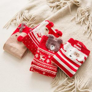 Noel Kadın Çorap Kırmızı Pamuk karikatür Orta Noel Bayanlar Çorap Sonbahar Kış Pamuk Çorap parti hediye 4pairs / lot FFA3228