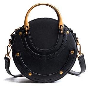 Cuoio dell'unità di elaborazione di alta qualità della moda di New borsa lucida del mini del Grande Orecchio Borsa rotonda spalla Messenger Borse 17 * 17 * 8cm