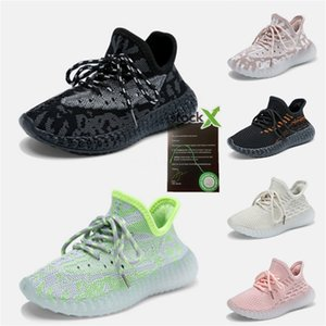 Hot Kanye West Preto estáticos sapatas por atacado vendas com Box New Kanye West Running Shoes Kid Designer Shoes frete grátis Us5-US13 # 189