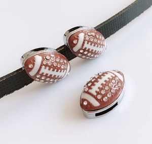 10 PCs 8 MM Limpar Rhinestone Futebol Encantos de Slides Rugby Beads Fit 8mm Pet Collar Nome Cintos Pulseiras Tags do telefone
