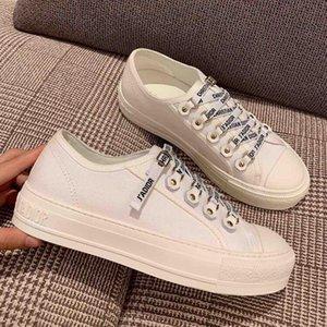 2020 Luxe Été populaire design décontracté à bas Top Espadrilles Femmes Canvas Print Ladies Chaussures Sneakers Femmes Chaussures plates 35-40